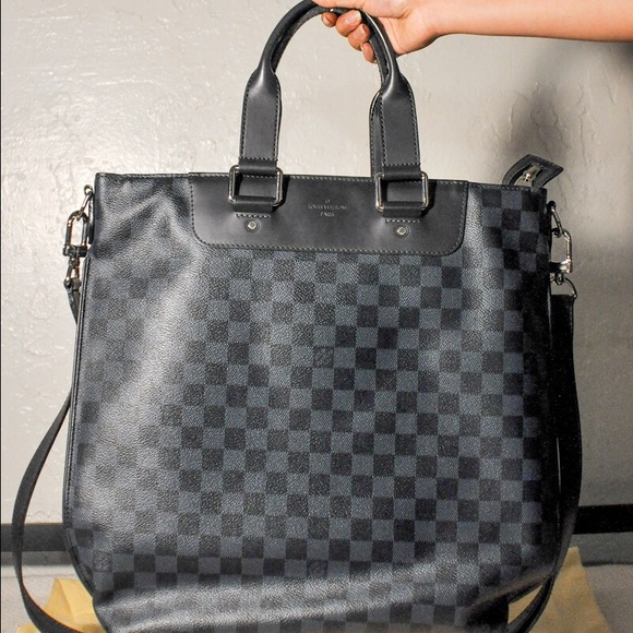Louis Vuitton Handbags - Louis Vuitton Men's bag